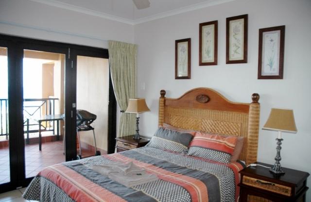 Bondi Beach Unit A Main Bedroom
