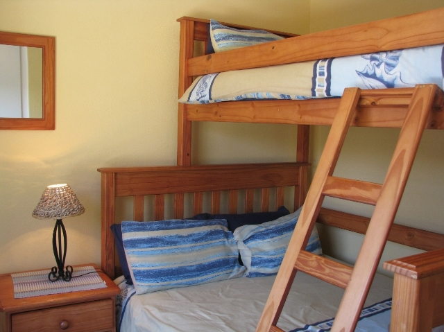 LLK – 2ND BEDROOM (640×479)